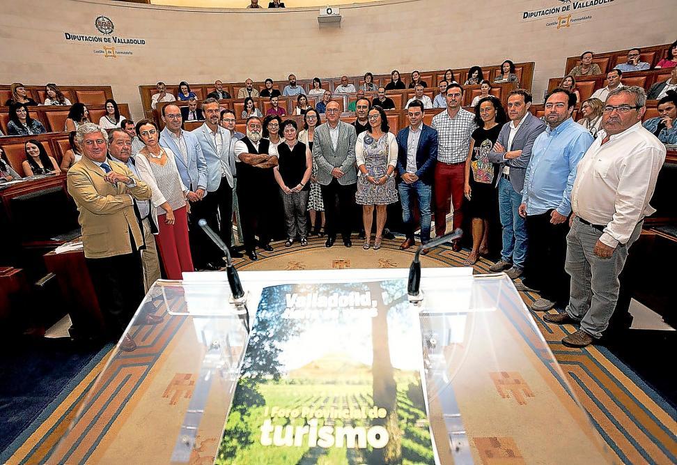 """IDS participa en el I foro provincial de turismo tras la elaboración del """"inventario de recursos naturales con potencialidad turística elaborado para la excma. Diputación provincial de Valladolid"""""""